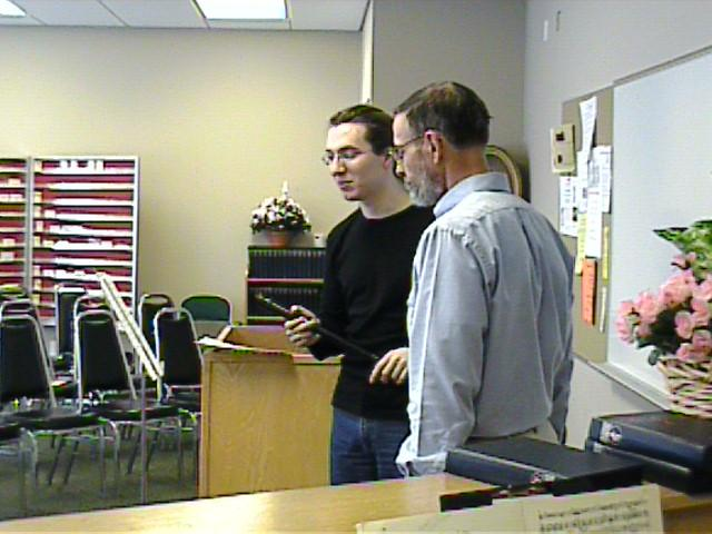 Daniel Koschitzki instructs Tom Brown. [Dallas Recorder Society workshop and concert with the Amsterdam Loeki Stardust Recorder Quartet - Dallas, TX, Feb. 28-29, 2004]